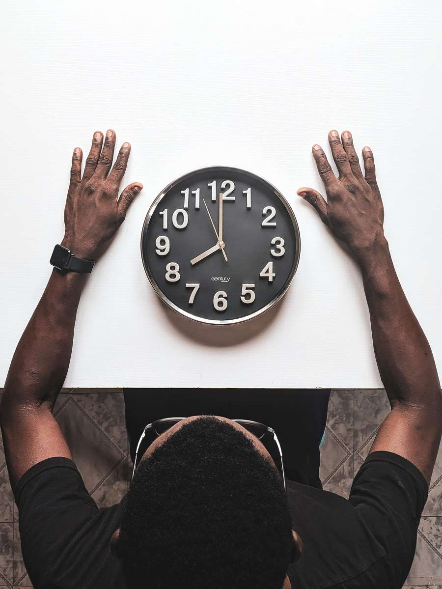 clock employee hours